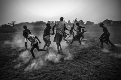 0African_Football_in_Guinea_Bissau_1
